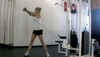 Oblique exercises using a cable machine